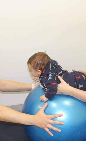 fisioterapia-pediatrica-niño